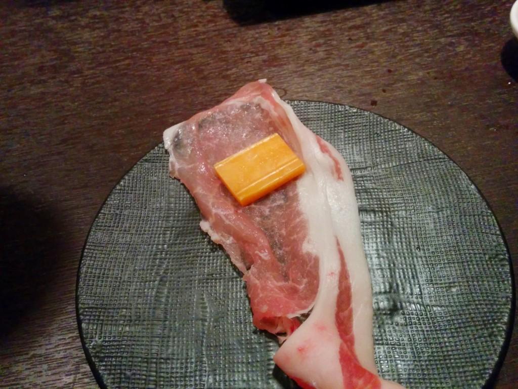 こうやって、豚肉に。。。