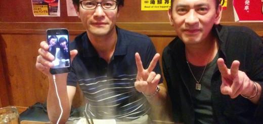 こちら側のメンバーと。※注:2人とも日本人です