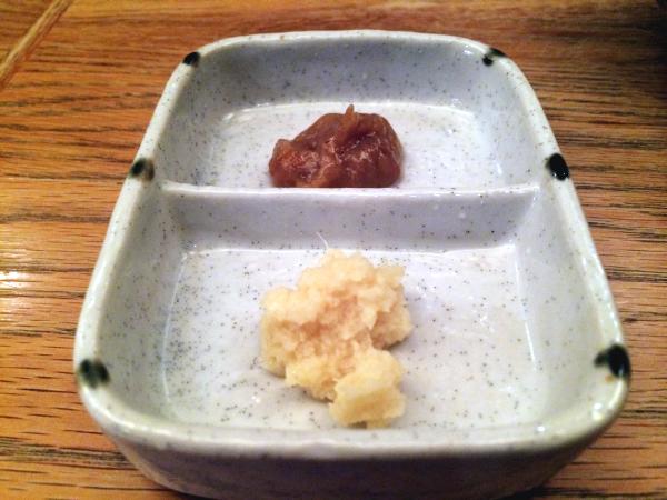 辛味噌と生姜のアクセントも。