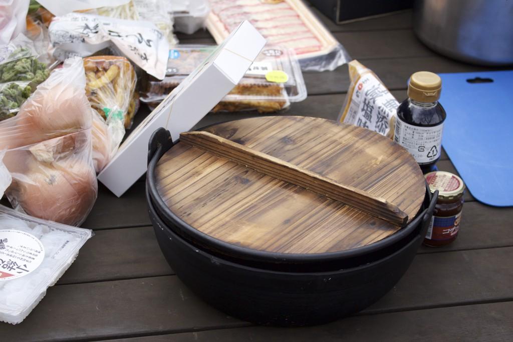 メンバー馮の持ち込み、鉄鍋
