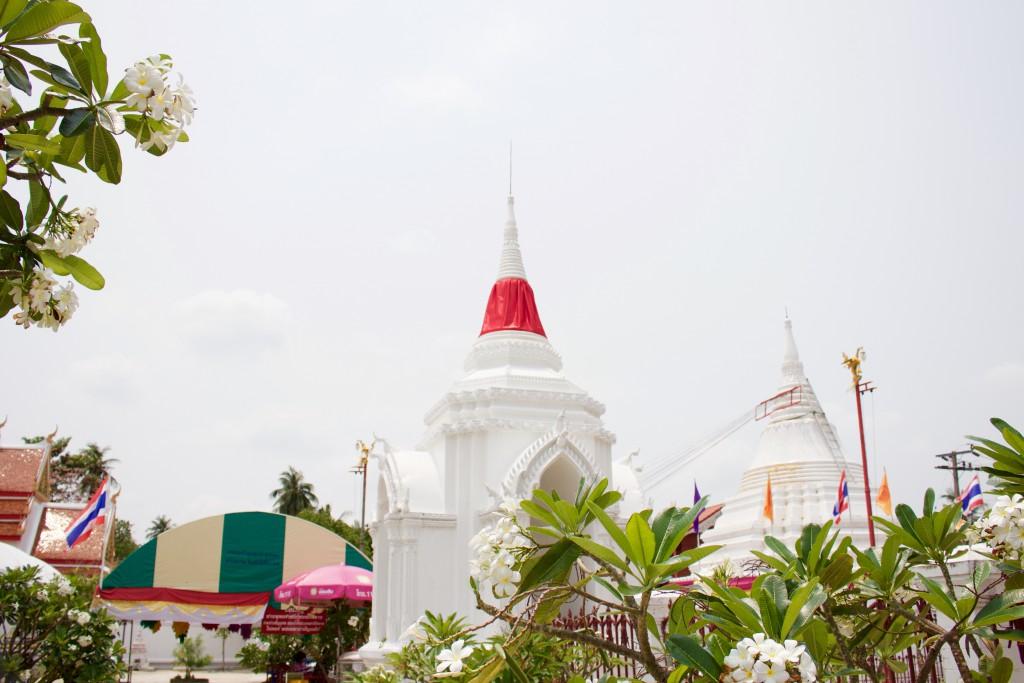 島内にはいくつかの寺が存在します