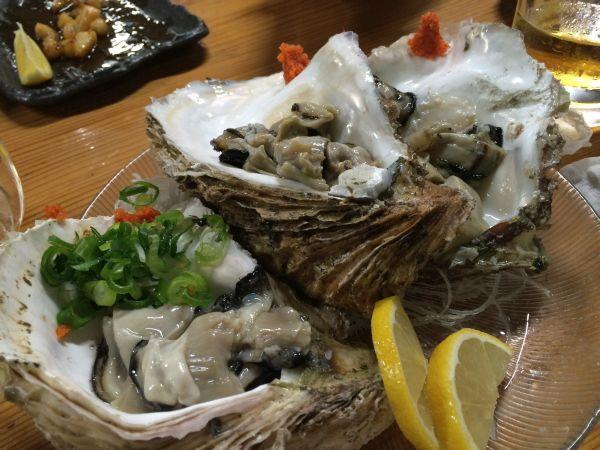季節を先取り。生岩牡蠣。