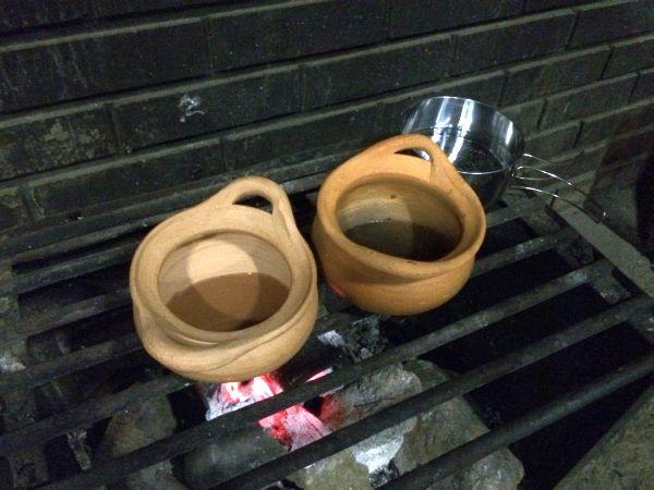 チムチュム鍋の準備。