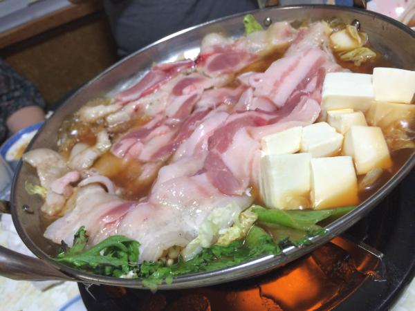 豚ちり鍋。白菜があればいつでも食べられる、それでいて飽きない、実は一番美味しい鍋かもしれない豚ちり鍋。