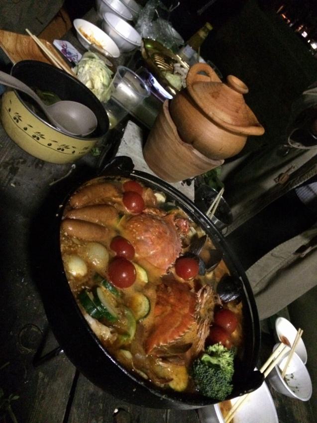 地中海鍋の真っ赤な蟹が美味しそう!