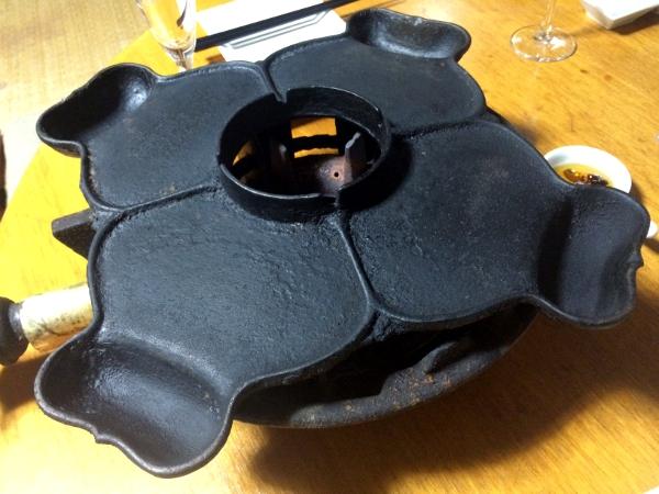 これが「義経鍋」。