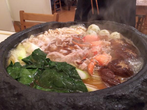 魚介と青菜を入れてさっと火を通して完成!