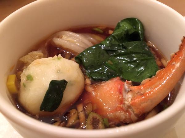 野菜と魚介はポン酢ダレで。