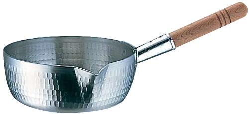 雪平鍋(キッチンウェブストアより引用)。
