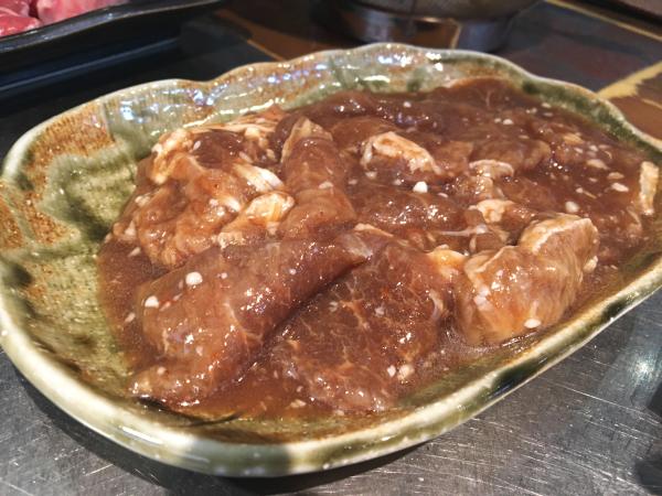 昔ながらの味付ラムロース肉。