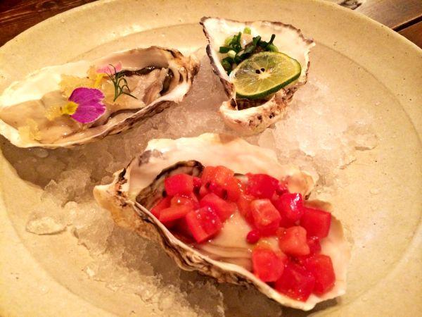 オリジナルの生牡蠣カクテル三種