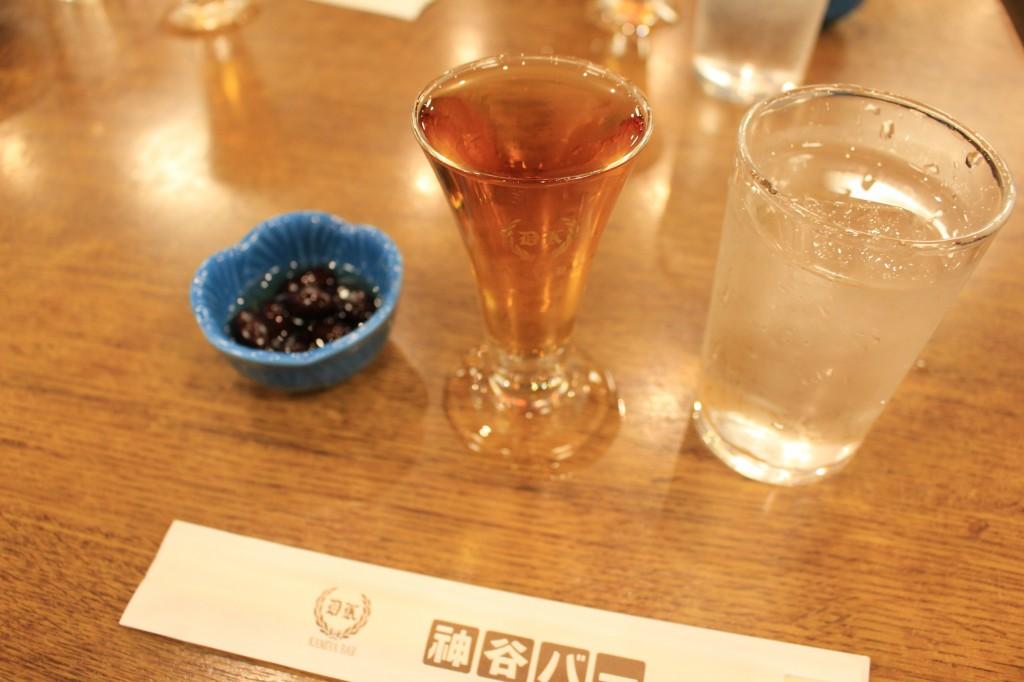 神谷バーでデンキブラン