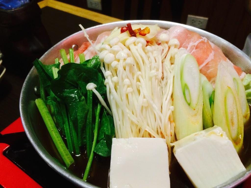 見た目はオーソドックスな日本の鍋