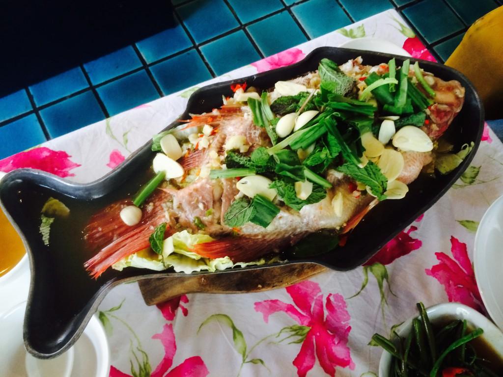 魚の形の鍋がかわいい