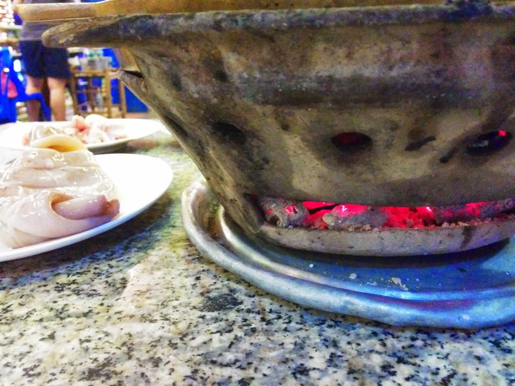 火は七輪に炭