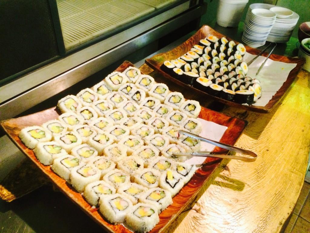 巻き寿司もあり。もはや焼肉関係ない