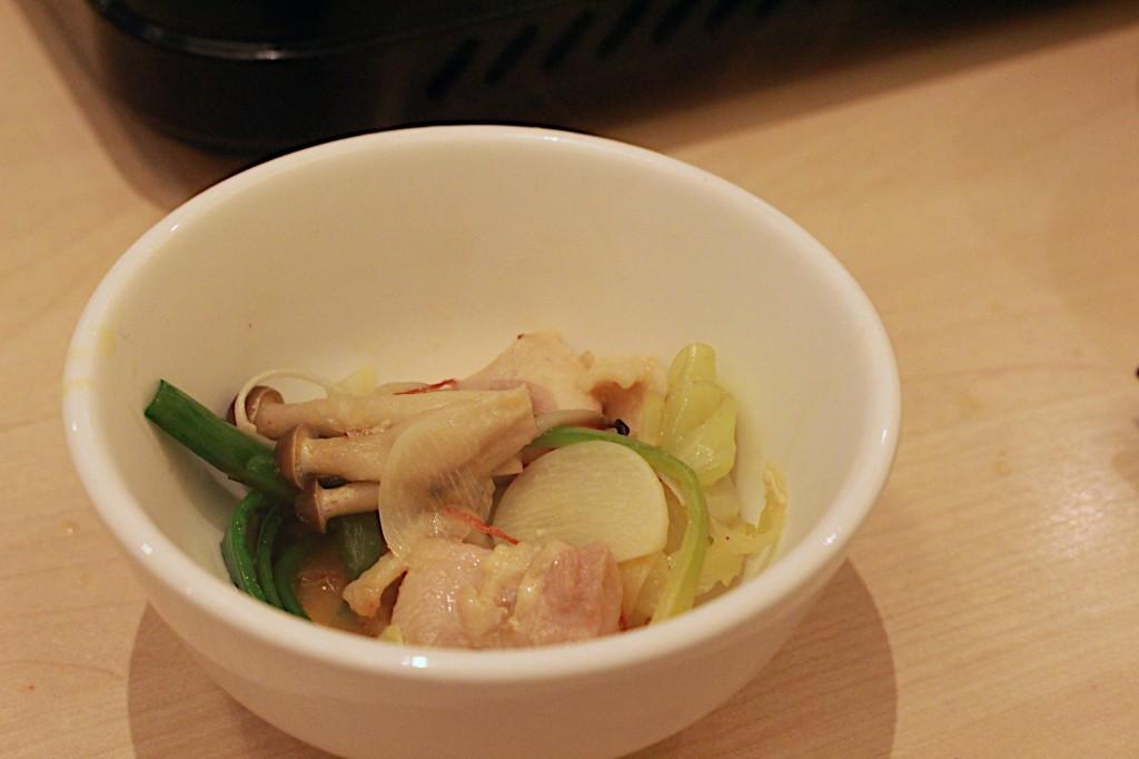 野菜がたっぷり採れるのは鍋の良いところの一つ