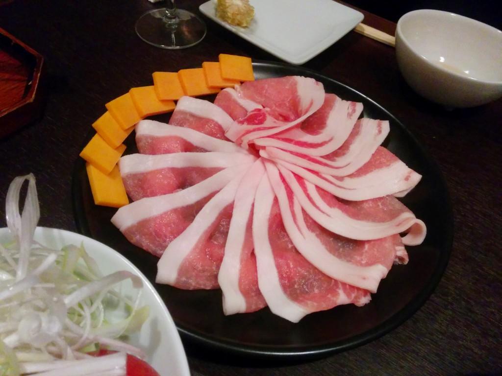 平田牧場三元豚とチェダーチーズ