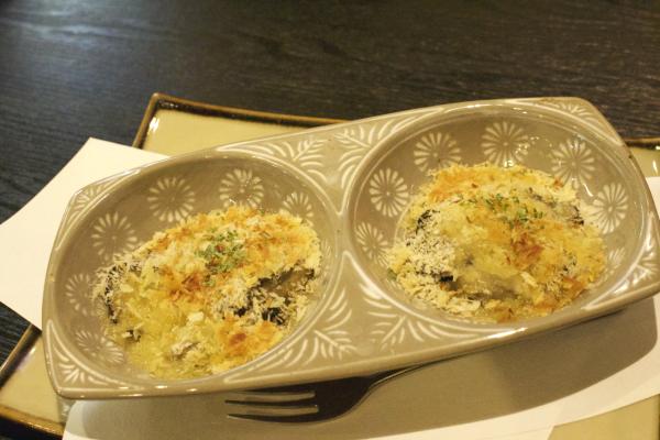 牡蠣のガーリックバター焼き。