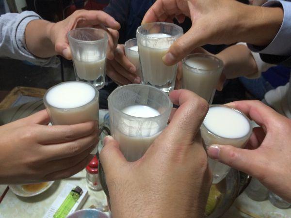 途中濁り酒で乾杯!