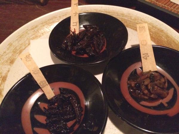 長野の珍味三種。 イナゴ ざざむし ハチの子