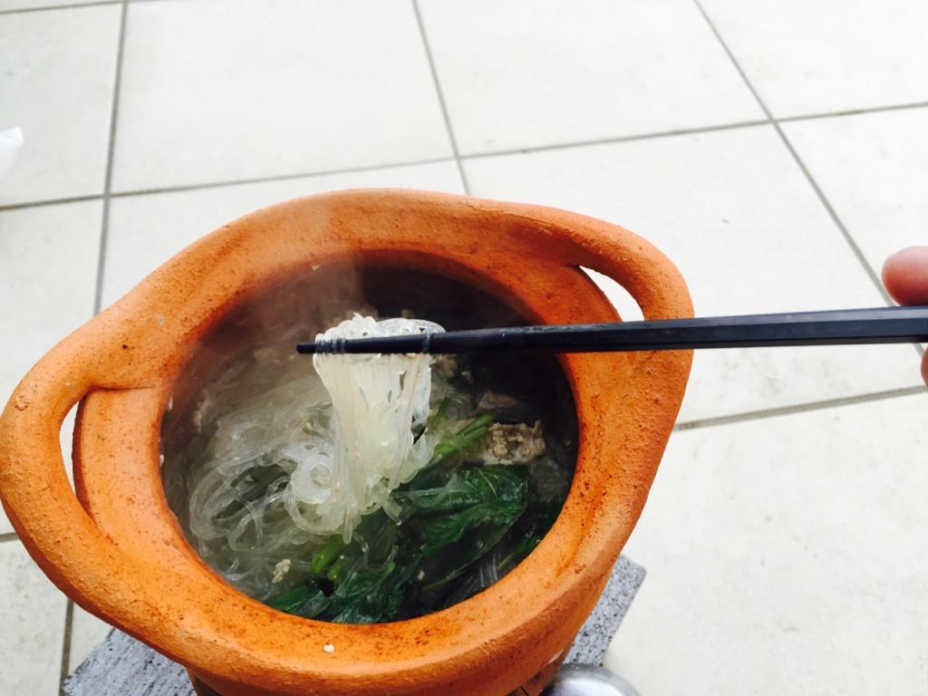 スープと具材の味がしみこんだ春雨は絶品