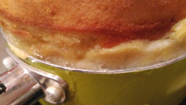 溢れ出るホットケーキ。 そのままで。