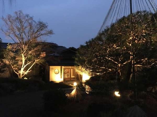 飯坂温泉の隠れ家「御宿かわせみ」。