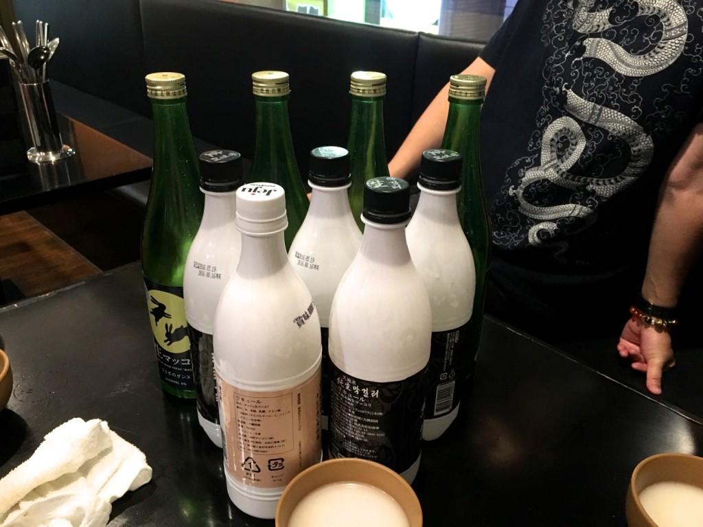 空っぽになったボトルたち。飲んだ飲んだ!